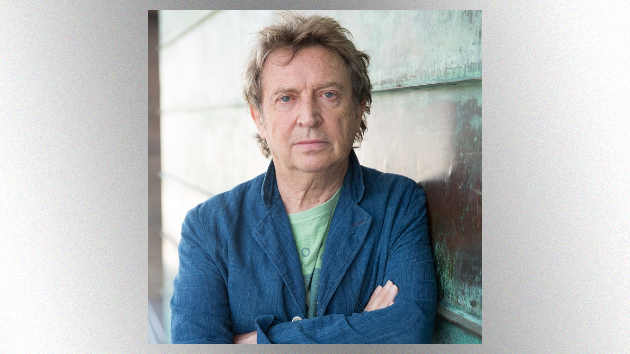 M_AndySummers630_CreditMoSummers_040121